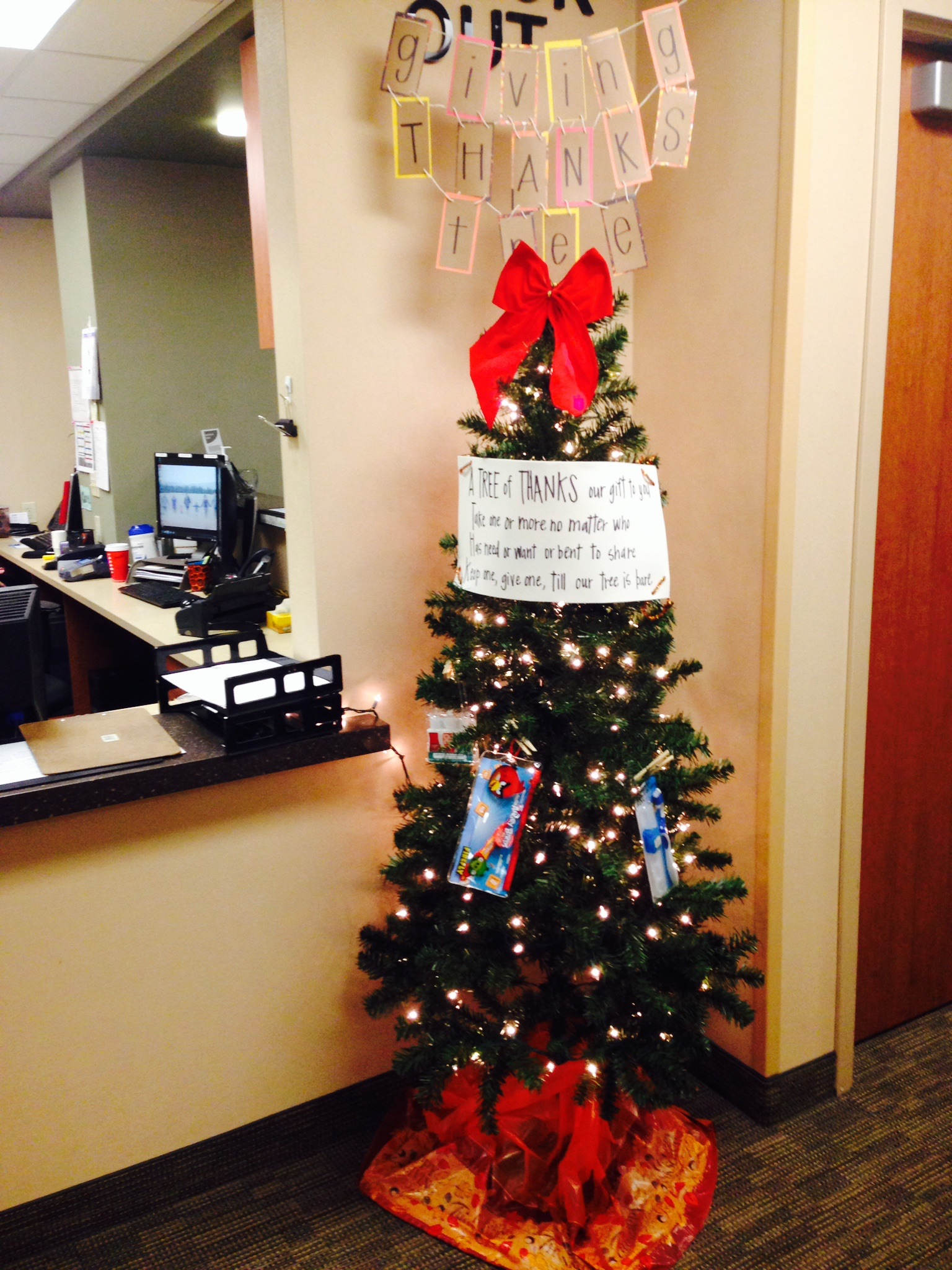 Christmas Giving Tree Ideas.Giving Tree At Christmas Sound Family Medicine